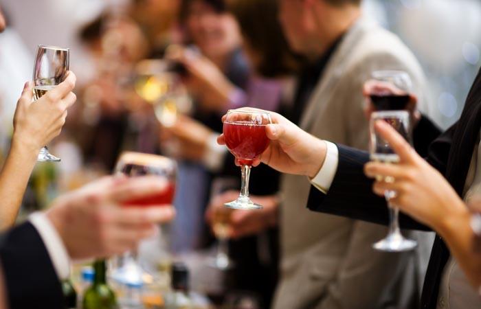 Dobré rady ako štýlovo pozvať na oslavu