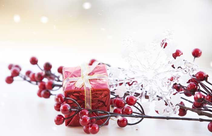 Kartki świąteczne w formie papierowej czy  e-mailem?